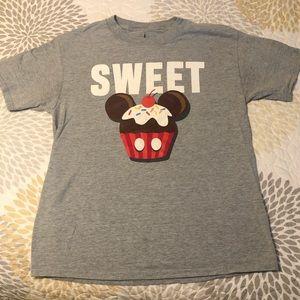 Disney Parks t-shirt SWEET
